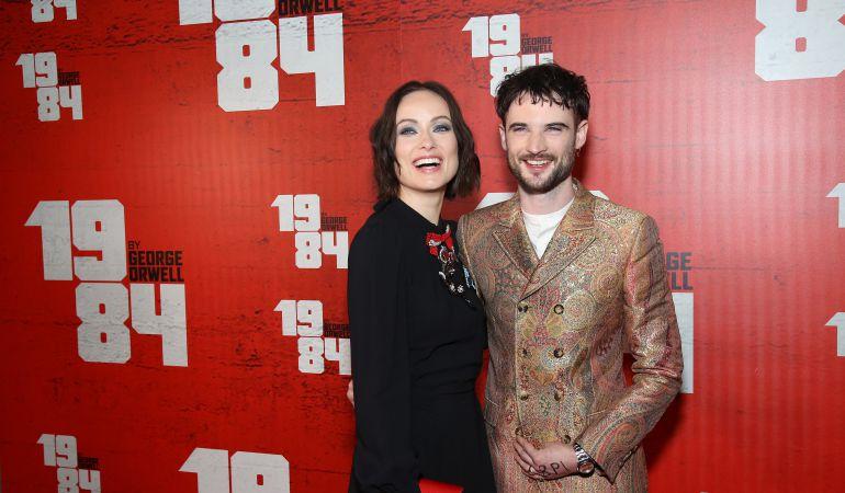 Olivia Wilde y Tom Sturridge protagonizan la nueva polémica adaptación llevada a Broadway.