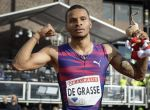 Stockholm (Sweden), 18/06/2017.- Andre De Grasse of Canada celebrates after winning the men's 100m at the athletics IAAF Diamond League meeting at Stockholm Stadium, Stockholm, Sweden 18 June 2017. (Estocolmo, Suecia) EFE/EPA/ANDERS WIKLUND SWEDEN OUT