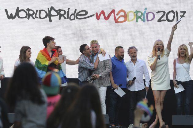 Resultado de imagen de WorldPride han arrancado con un multitudinario y reivindicativo pregón