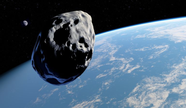 Asteroides de este tamaño pasan cerca de la Tierra todos los años. Afortunadamente no está previsto ninguno que pueda impactar contra nuestro planeta durante los próximos años.