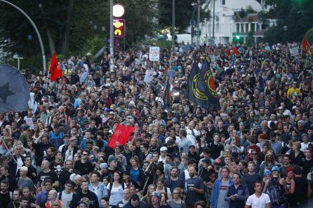 Imagen de los protestantes antisistema durante el G20 de Hamburgo.