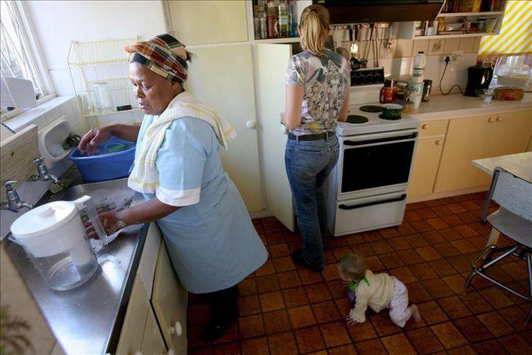Las empleadas de hogar piden equiparar sus derechos al resto de trabajadores.