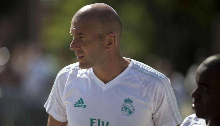 Zinedine Zidane, durante un entrenamiento del Real Madrid en UCLA