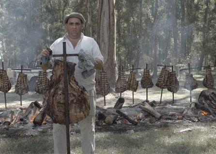 Fotograma de 'Todo sobre el asado'.