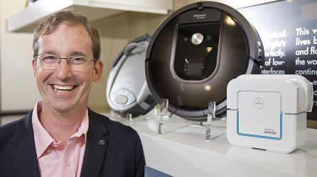 El presidente y creador de la compañía iRobot, Colin Angle.