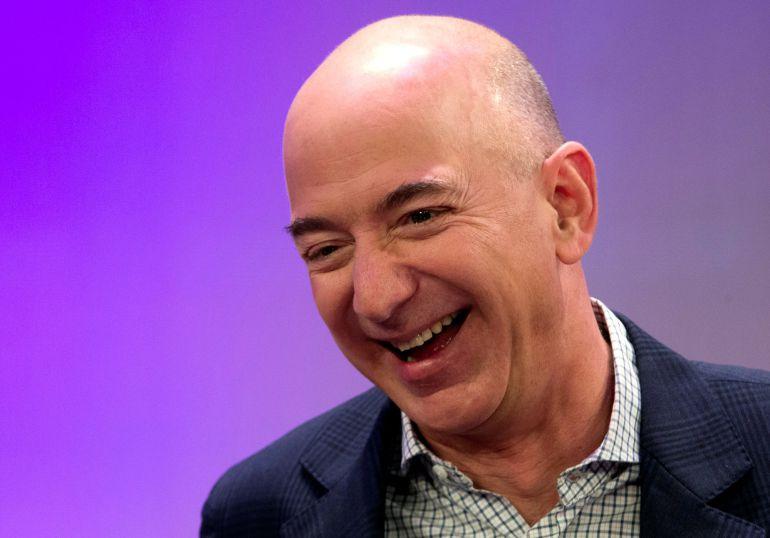 El creador de Amazon, Jeff Bezos, es la nueva persona más rica del mundo.