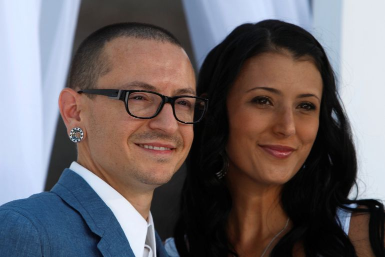 Chester Bennington, de Linkin Park, y su mujer, Talinda, en los Billboard Music Awards de 2012