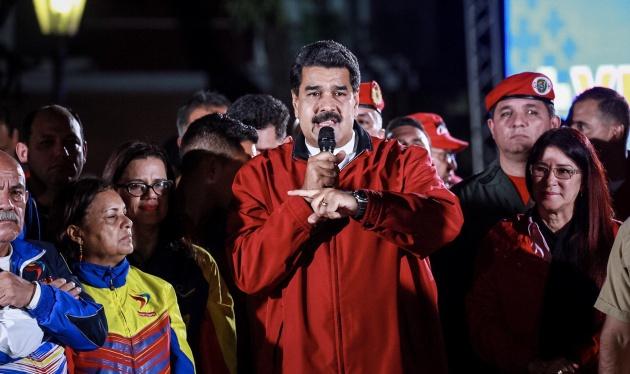 El presidente de Venezuela, Nicolás Maduro, celebra los resultados electorales