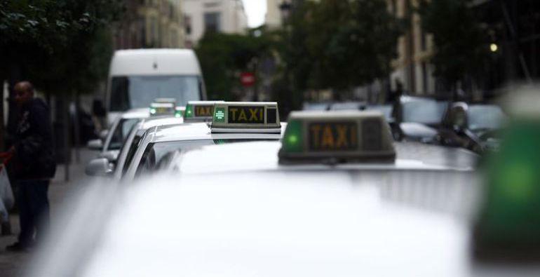 El taxista les llevó desde Valdepeñas (Ciudad Real) hasta Ribadeo (Lugo)