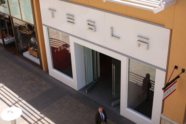 Una de las tiendas de Tesla en California.