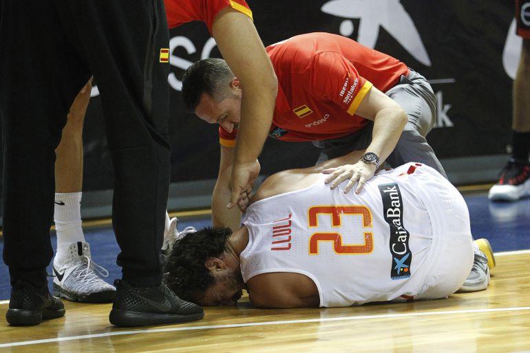 Sergio Llull tras su lesión contra la selección de Bélgica.