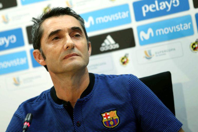 El entrenador del FC Barcelona, Ernesto Valverde, durante la rueda de prensa.