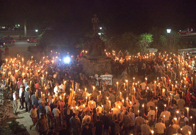 Momento en el que los manifestantes llegaron a la plaza.