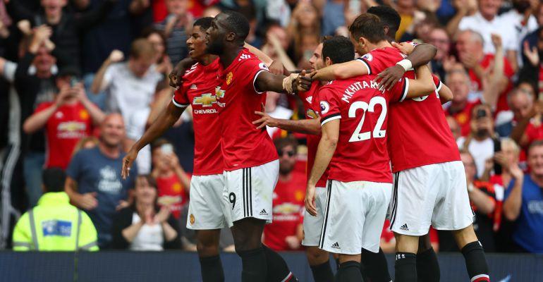 Los jugadores del Manchester United celebran el primer tanto ante el West Ham