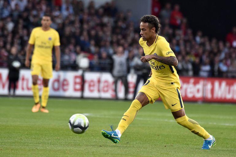 Neymar debuta ante el Guingamp en la Ligue 1.