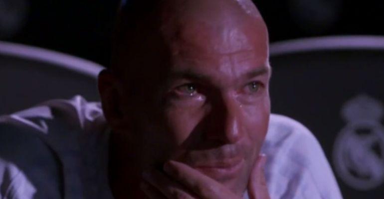 Zinedine Zidane se emociona viendo unas imágenes de su carrera deportiva