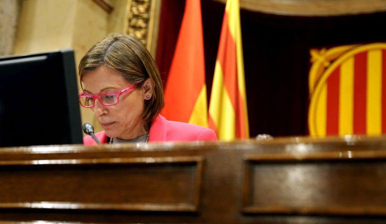 La presidenta del Parlament, Carme Forcadell, hoy durante la sesión en el pleno del Parlament