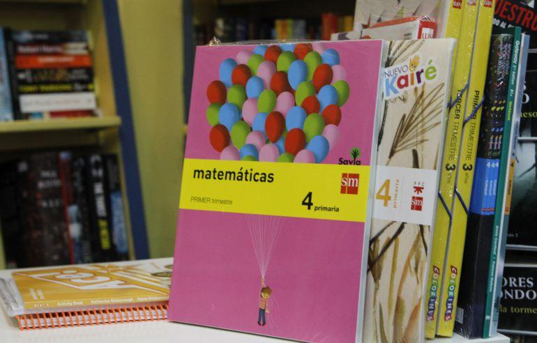 Libros de texto de una papelería de Madrid.