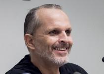 Miguel Bosé revela la identidad de sus cuatro hijos para evitar las extorsiones