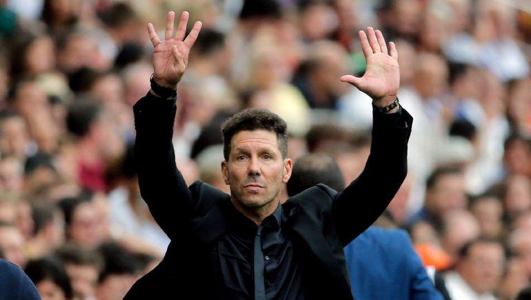Diego Pablo Simeone, durante el último partido liguero en Mestalla