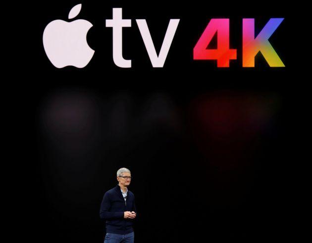 Tim Cook, CEO de Apple, habla sobre el Apple TV 4 durante la presentación del 12 de septiembre.