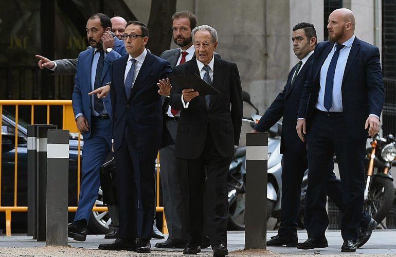 El expresidente de OHL Juan Miguel Villar Mir, a su llegada a la Audiencia Nacional.