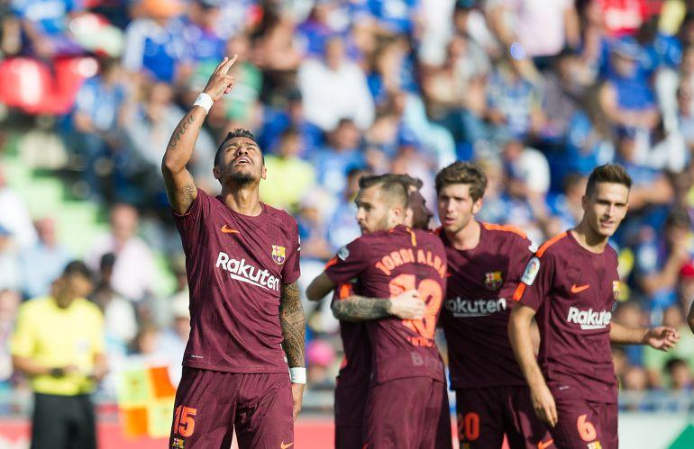 Paulinho celebra el segundo gol del Barcelona.