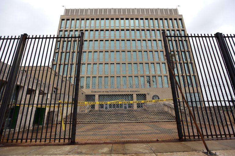 Vista de la embajada de los Estados Unidos en La Habana (Cuba)