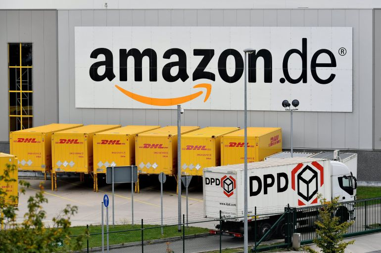 Vista exterior del centro de logística de Amazon en Rheinberg, Alemania.