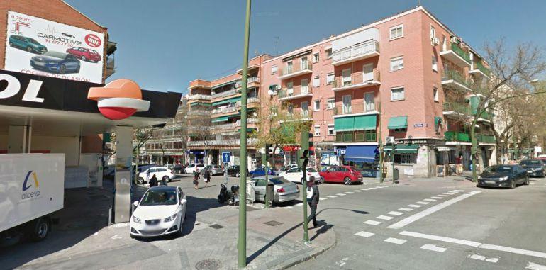 Cruce de las calles Emilio Ferrari y Ascao