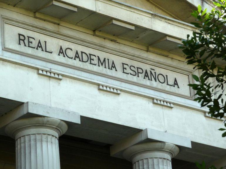 La Academia exige la aplicación de la ley