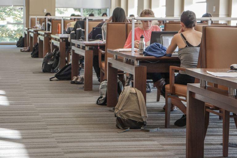 El sistema de becas del PP ha perjudicado a más de 200.000 alumnos desde 2013, según los rectores
