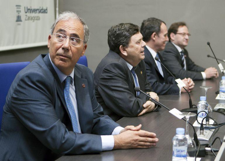 En primer plano, Roberto Fernández, rector de la universidad de Lleida y único candidato a presidir la Conferencia de Rectores universidades españolas (CRUE)