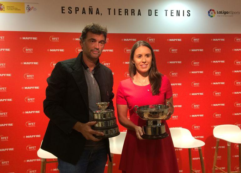 Sergi Bruguera y Anabel Medina en la sede del Consejo Superior de Deportes donde han sido presentados este miércoles por la RFET.