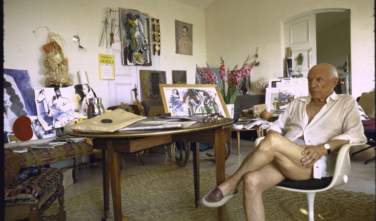 Picasso en su casa de Mougins