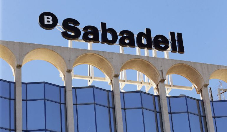 El Banco Sabadell ha sufrido fuertes vaivenes en Bolsa en octubre