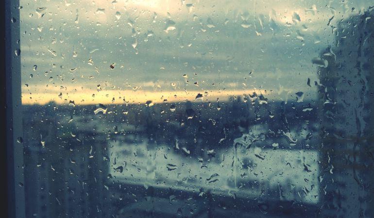 Vuelven las lluvias este fin de semana y bajan las temperaturas en el país.