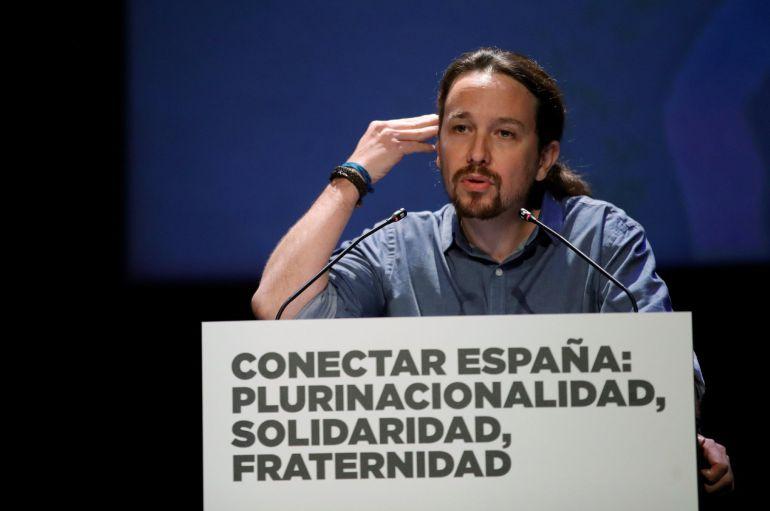 """El secretario general de Podemos, Pablo Iglesias, interviene en la jornada que organiza su formación """"Conectar España: plurinacionalidad, solidaridad, fraternidad"""" esta tarde en el Teatro del Círculo de Bellas Artes de Madrid"""