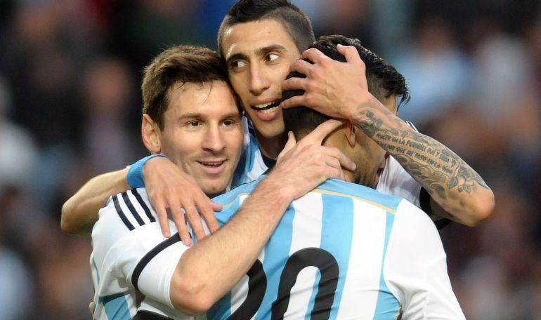 Messi, Di María y Agüero, en un partido con la selección argentina.