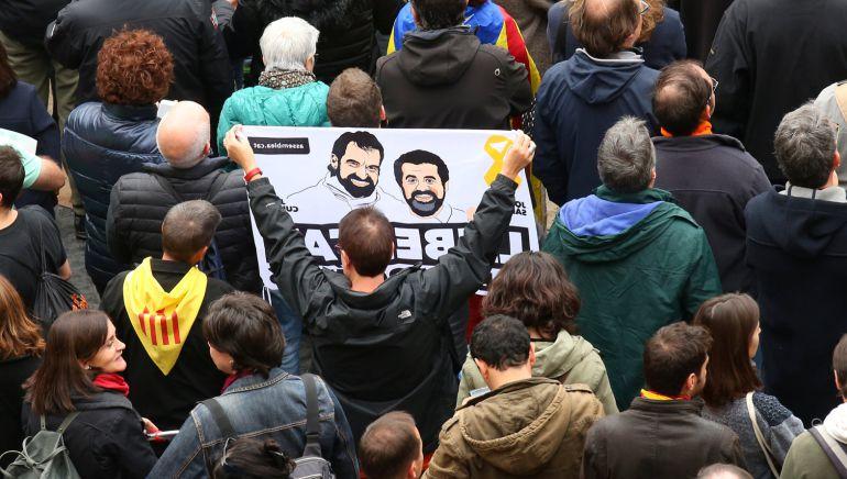 """Amnistía Internacional considera que el Govern cesado y los presidentes de ANC y Òmnium no son """"presos de conciencia"""""""