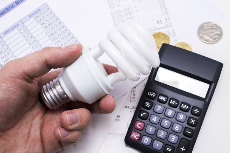 El Gobierno obliga a mover el mercado del gas para intentar frenar el recibo de la luz