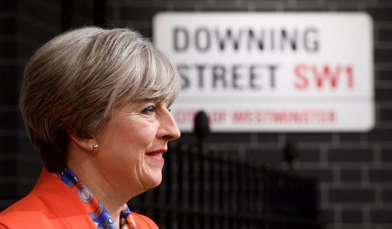 Theresa May ha asegurado que seguirá con el brexit y pide que no se ponga en duda.