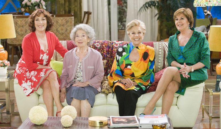 El reparto de la serie de TVE, 'Las chicas de oro'.
