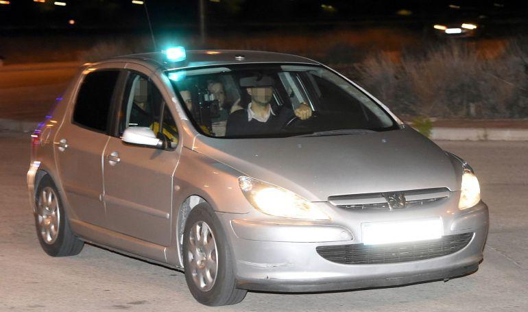 El coche que llevó a Carme Forcadell a la cárcel madrileña de Alcalá-Meco después de que el juez Pablo Llarena haya decretado para ella prisión eludible con el pago de una fianza de 150.000 euros.