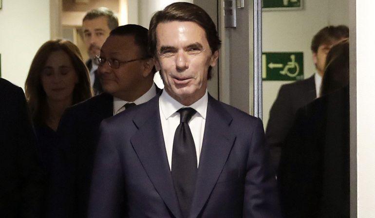 El expresidente del Gobierno José María Aznar, en los estudios de la SER.