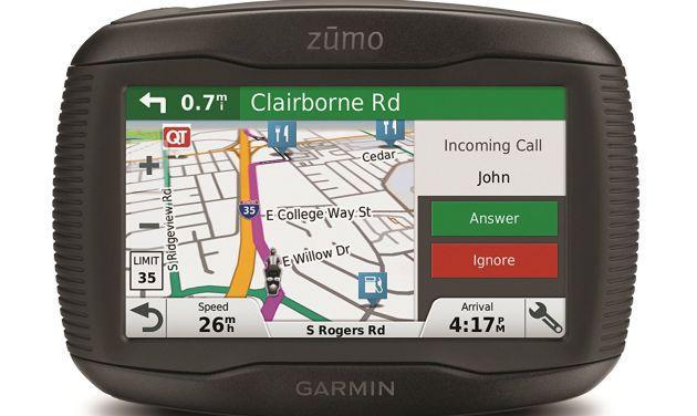 Un GPS de la marca Garmin ideal para viajar en moto