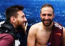 Messi sube esta foto a Facebook y todo el mundo se fija en el mismo detalle