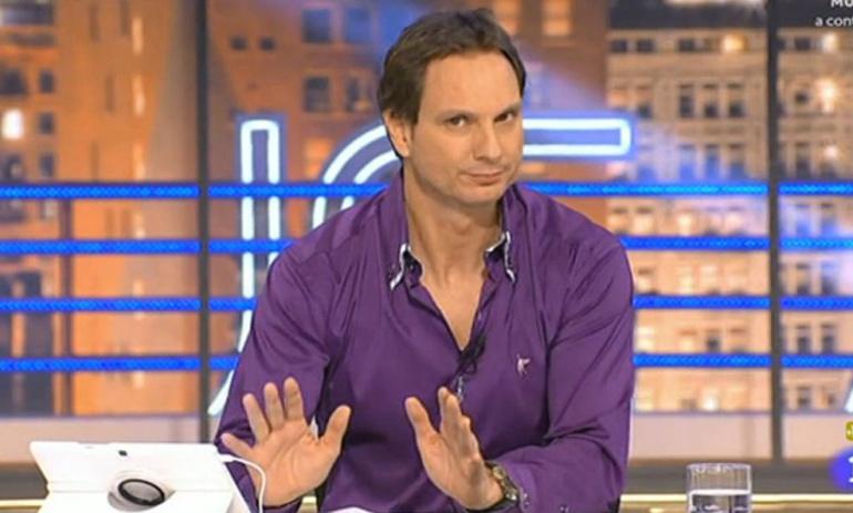 Javier Cárdenas renueva en TVE