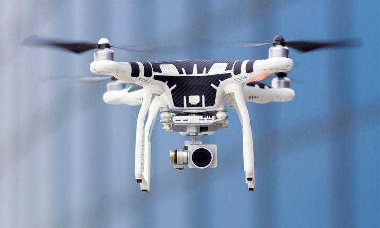 Dron diseñado para la vigilancia de líneas de tren.
