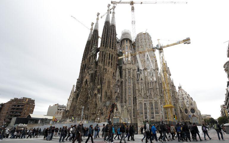 La catedral de la Sagrada Familia es el quinto recinto turístico más visitado del mundo.